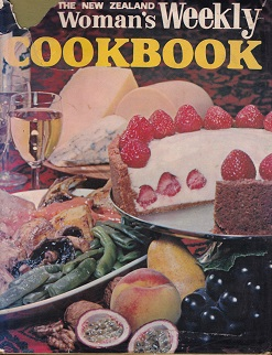 Secondhand Used Book - THE NEW ZEALAND WOMAN'S WEEKLY COOK BOOK