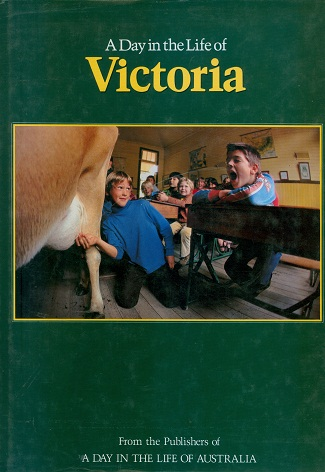 Secondhand Used book - A DAY IN THE LIFE OF VICTORIA