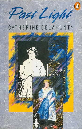 Secondhand Used Book - PAST LIGHT by Catherine Delahunty