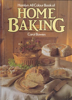 Secondhand Used Book - HAMLYN ALL COLOUR BOOK OF HOME BAKING by Carol Bowen
